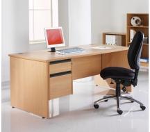 Desking-Entry-level-IMAGE11