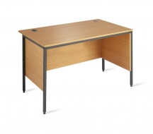 Desking-Entry-level-IMAGE2