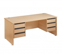 Desking-Entry-level-IMAGE5
