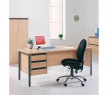 Desking-Entry-level-IMAGE7
