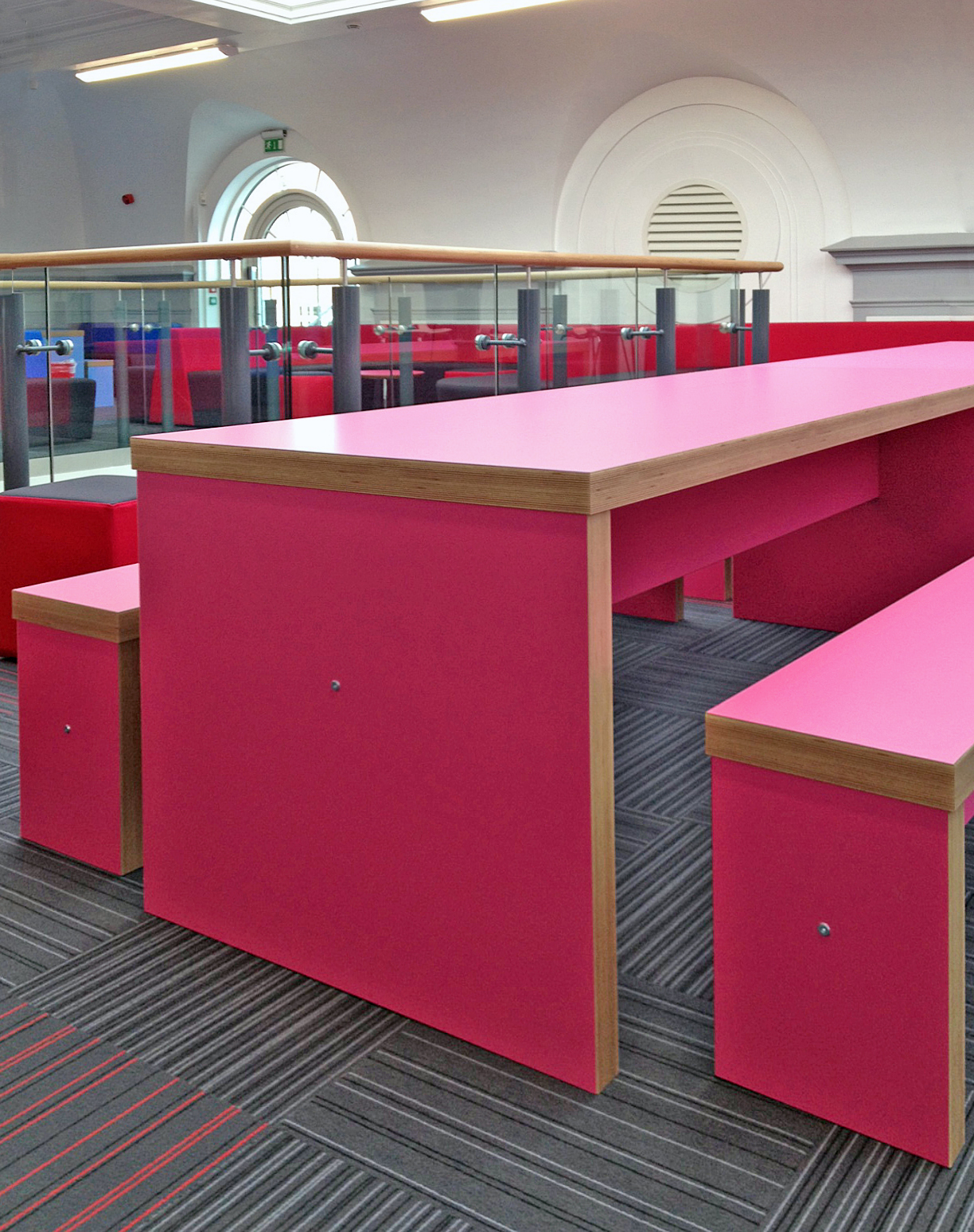 Cafe-Breakout-Tables-IMAGE1